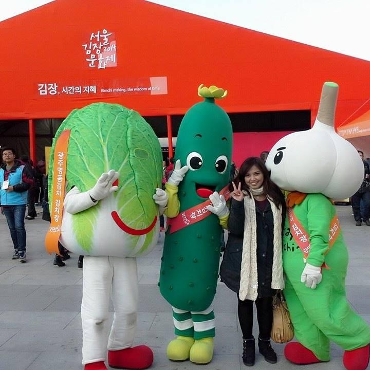 Gwanghamun Square Kimchi Festival Seoul molang Korea