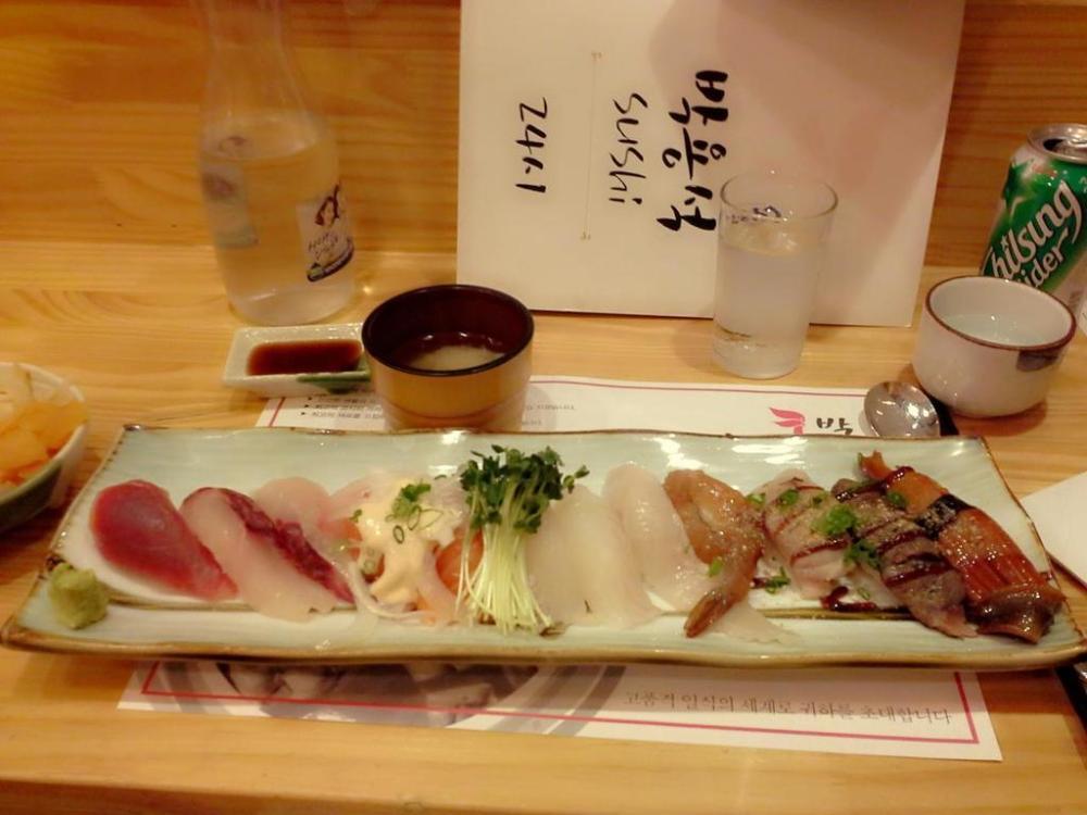 Molang Korea Japanese Sushi in Hongdae_20160828202834