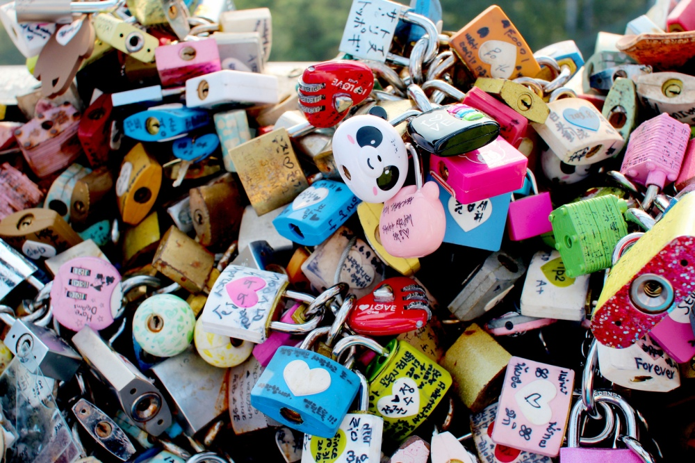 namsan-tower-love-lock