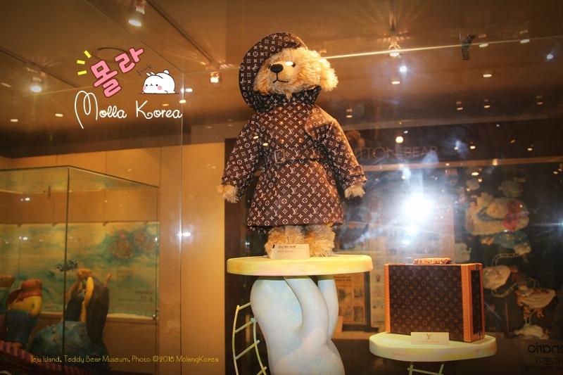Jeju Island 15 Teddy Bear Museum Photo ©2018 MolangKorea